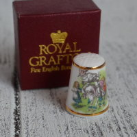 Напёрсток ROYAL GRAFTON ALICE IN WONDERLAND TCC  nfd-0018